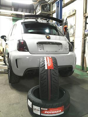 ABARTH タイヤ交換