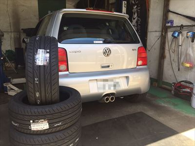 VW ルポGTIタイヤ交換