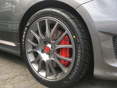 ABARTH595 タイヤ交換