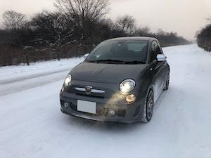 アバルト雪道